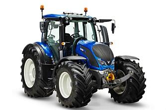 Akershus Traktor med Valtra traktor og Fendt tresker