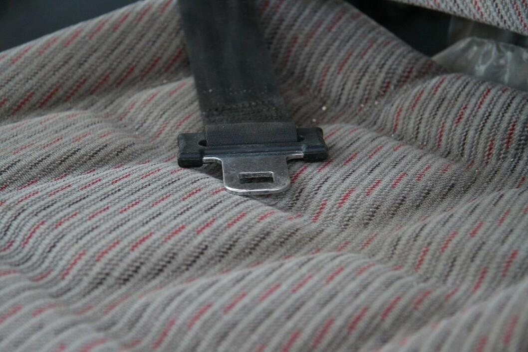 Dette er eit setebelte i ein traktor. Brukt det!
