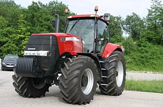 Dansk traktorsalg nesten dobla