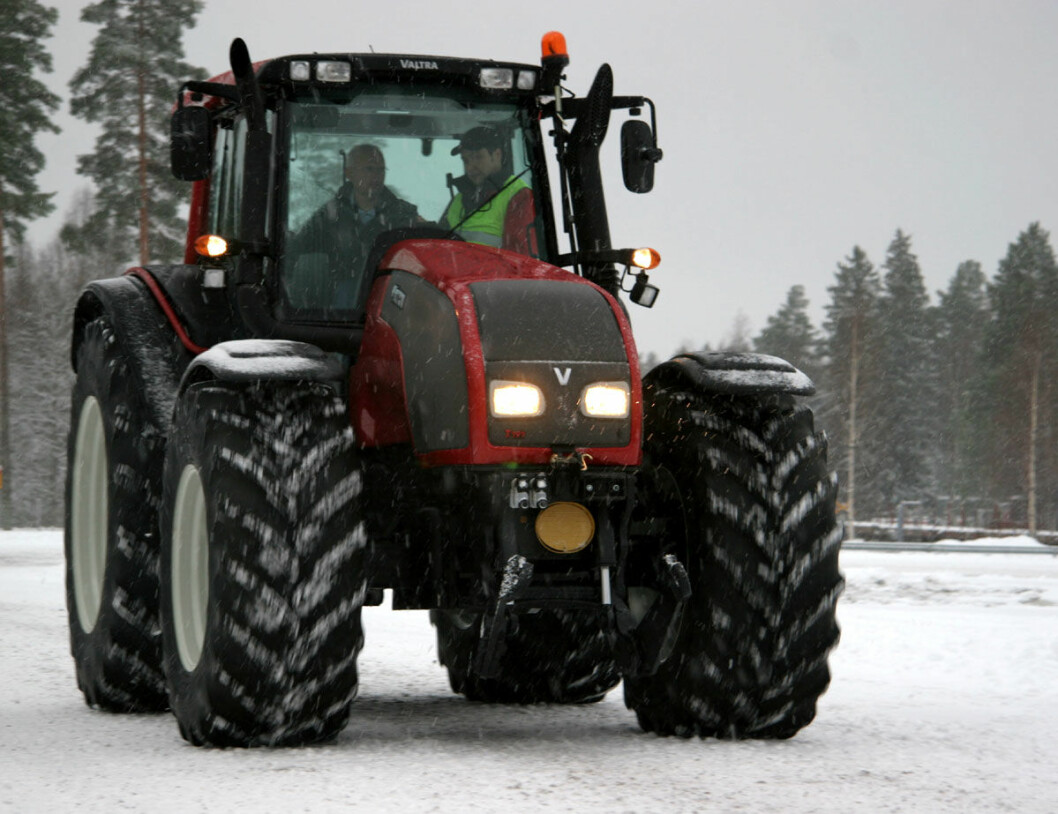 valtra t raud snø fronthydr 07