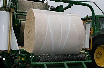 Pakker strøflis i rundball  billigere transport