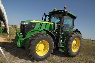 John Deere 7280R er årets traktor 2012