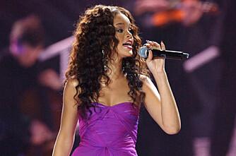 Bonde stoppet halvnaken Rihanna i åker´n