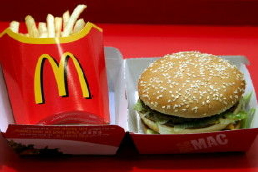 Hamburger og pommes frites