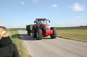 Senterpartiet går mot PKK på 50 km/h-traktorar