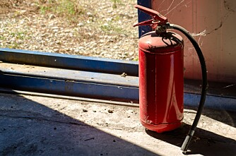 Hvor står brannslukkingsapparatet?