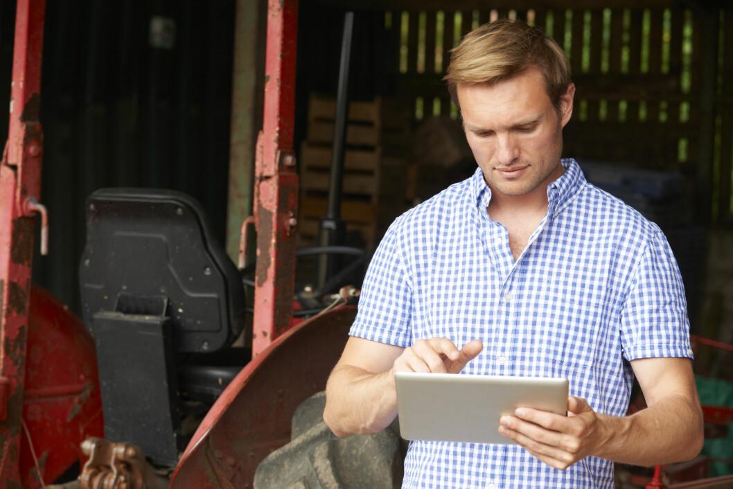 Ny teknologi forandrer landbruket daglig og det er viktig at den tilflyter alle utøverne av landbruksnæringa. Foto: colourbox.com