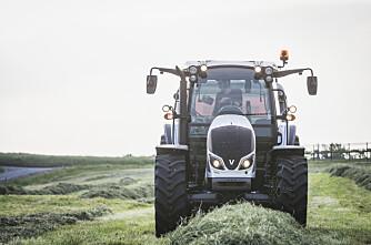 Traktorstatistikken: Valtra og MF leder an