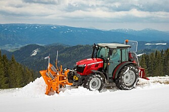 Tre nye traktorer for bratta