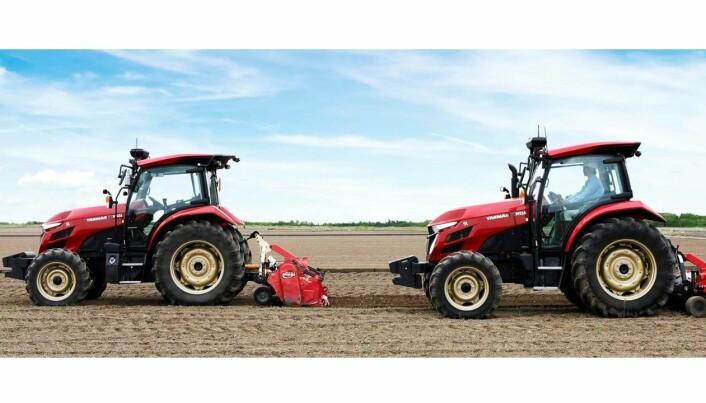 En fører, to traktorer