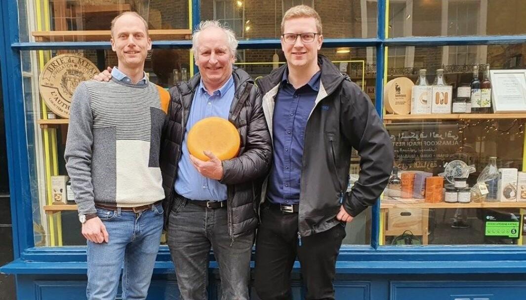 Jørn Hafslund med Fanaosten i møte med spesialitetsbutikken Buchanans Cheesemonger i London.