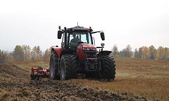 Traktorstatistikken: Bekmørk november