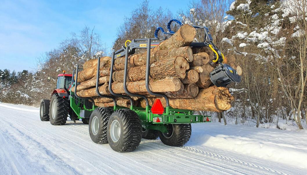 Farma T17 er en ny tømmerhenger for proffe brukere.