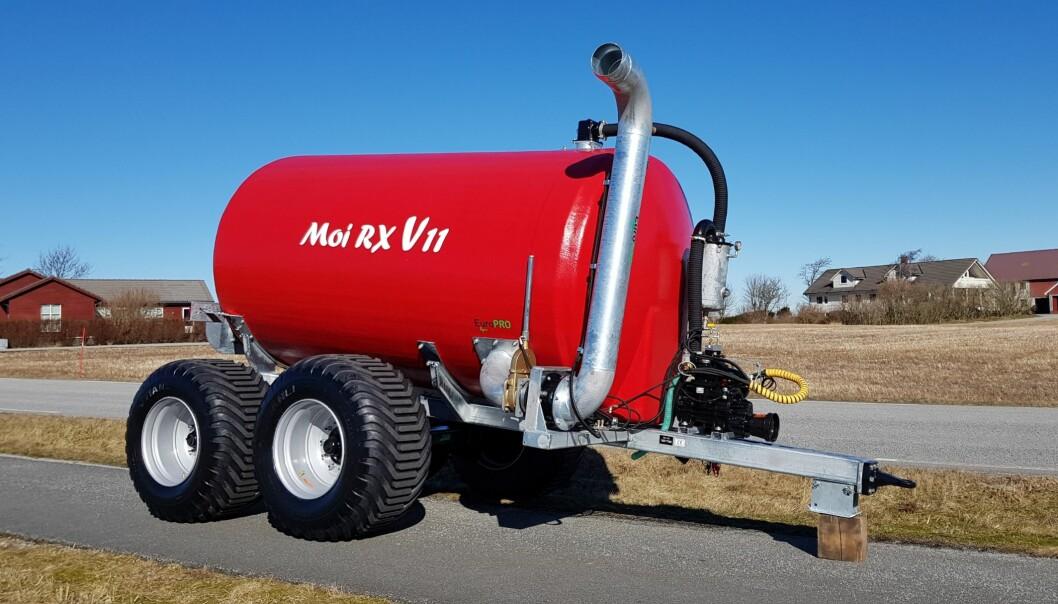 Moi RX V er en av de første vakuumvognene i verden med glassfibertank.