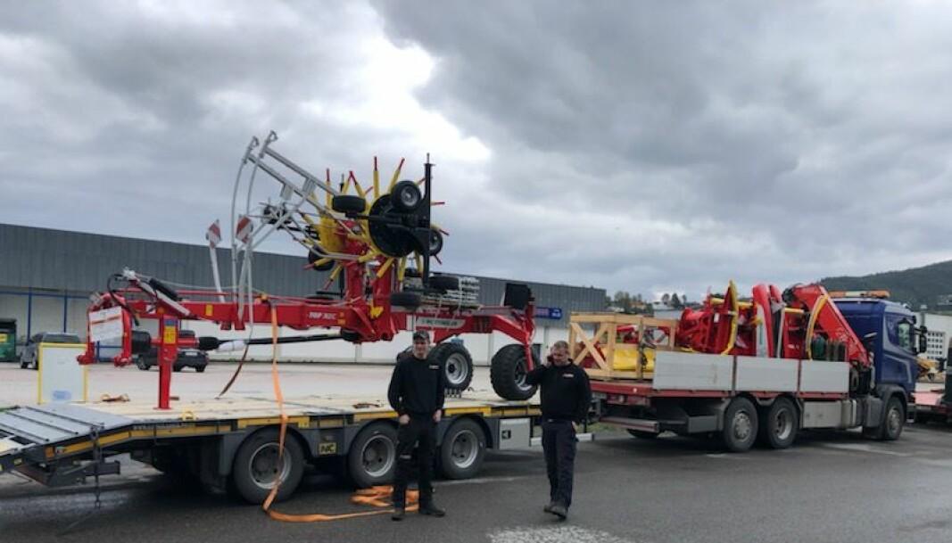 Pöttinger-redskaper ankommer det som skal bli den nye avdelingen til Akershus Traktor i Steinkjer.