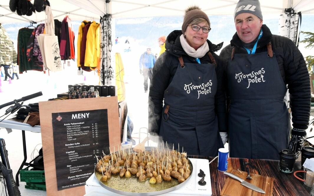 Kari og Jostein Tromsnes har solgt poteter gjennom diverse salgskanaler i Gudbrandsdalen og på Lillehammer. Nå er det slutt.