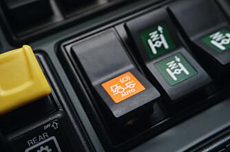 Trinnløs Claas bremser redskapen automatisk