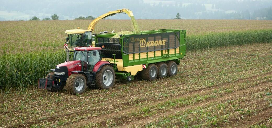 Det blir både CNH-traktorer og finsnitter med maisutstyr å se under demodagen neste helg. Foto: Krone